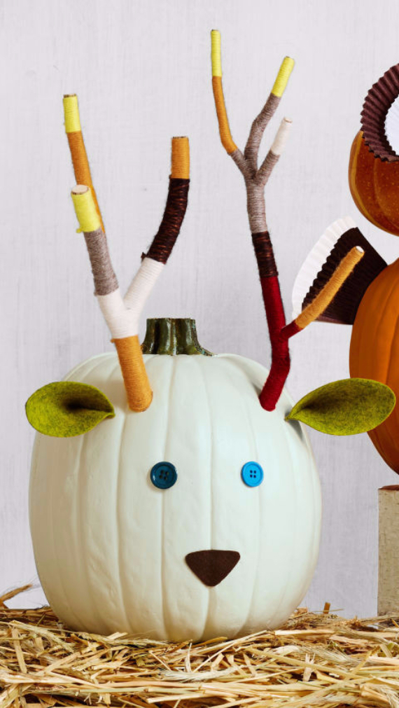 Ways to Decorate for Fall, Halloween and Thanksgiving With Pumpkins (28)