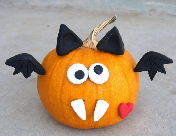 Ways to Decorate for Fall, Halloween and Thanksgiving With Pumpkins (35)