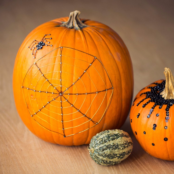 Ways to Decorate for Fall, Halloween and Thanksgiving With Pumpkins (37)