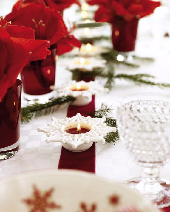 Christmas dining table decor in red and white family