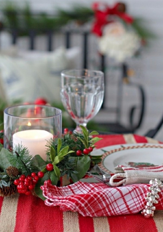 Christmas Dining Table Decor In Red And White  (15)