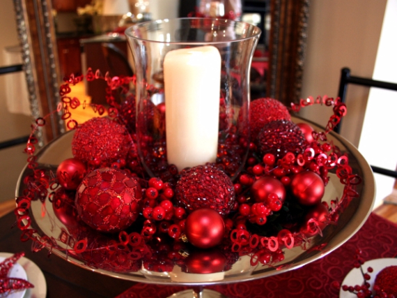 Christmas Dining Table Decor In Red And White  (22)