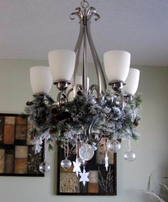 Christmas-Pendant-Lights-and-Chandeliers-26