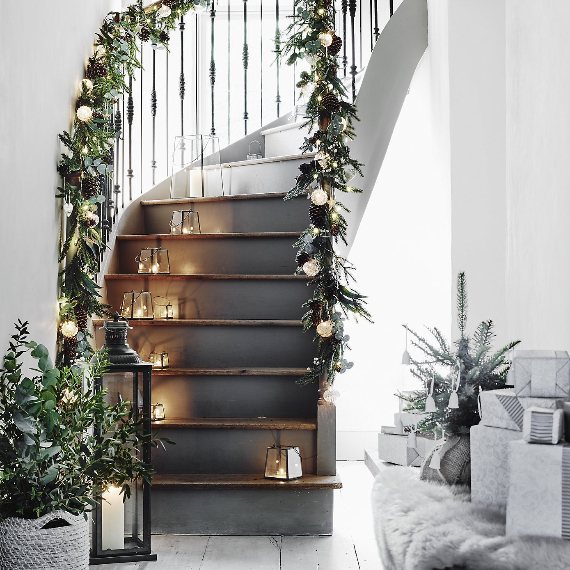 Christmas Spirit from the White Company (1)