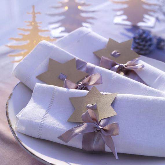 DIY Christmas Table Setting& Centerpieces Ideas (1)