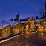 Exclusive Cloud 90 in Canyons Resort Celebrates Indoor-Outdoor Holiday Home in Utah