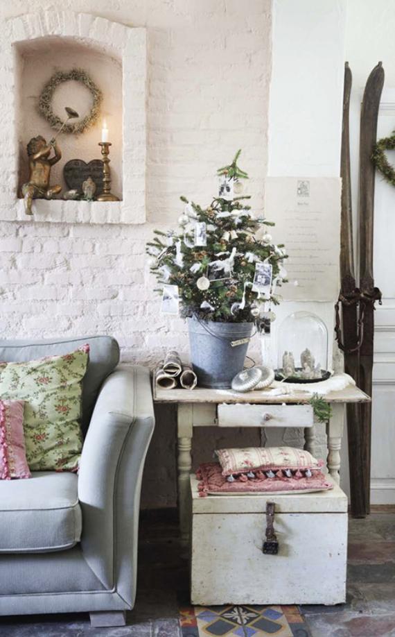 Romantic Home Ideas Christmas Decor Galore (13)