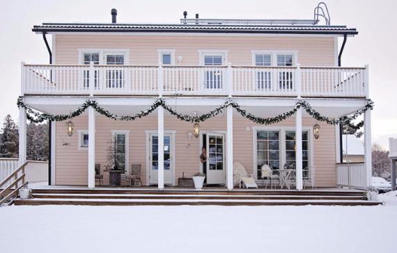 Romantic Home Ideas Christmas Decor Galore (8)