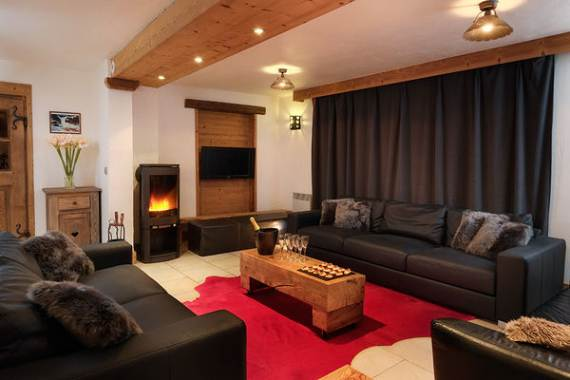 sophisticated-refuge-boua-chalet-with-extensive-views-of-french-alp-5