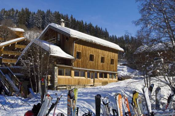 sophisticated-refuge-boua-chalet-with-extensive-views-of-french-alp-61
