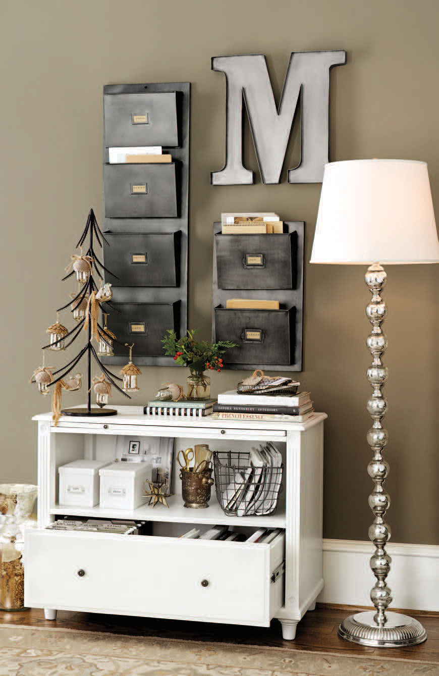 Wall Decor For Office Space : Stylish home office christmas decoration ideas and