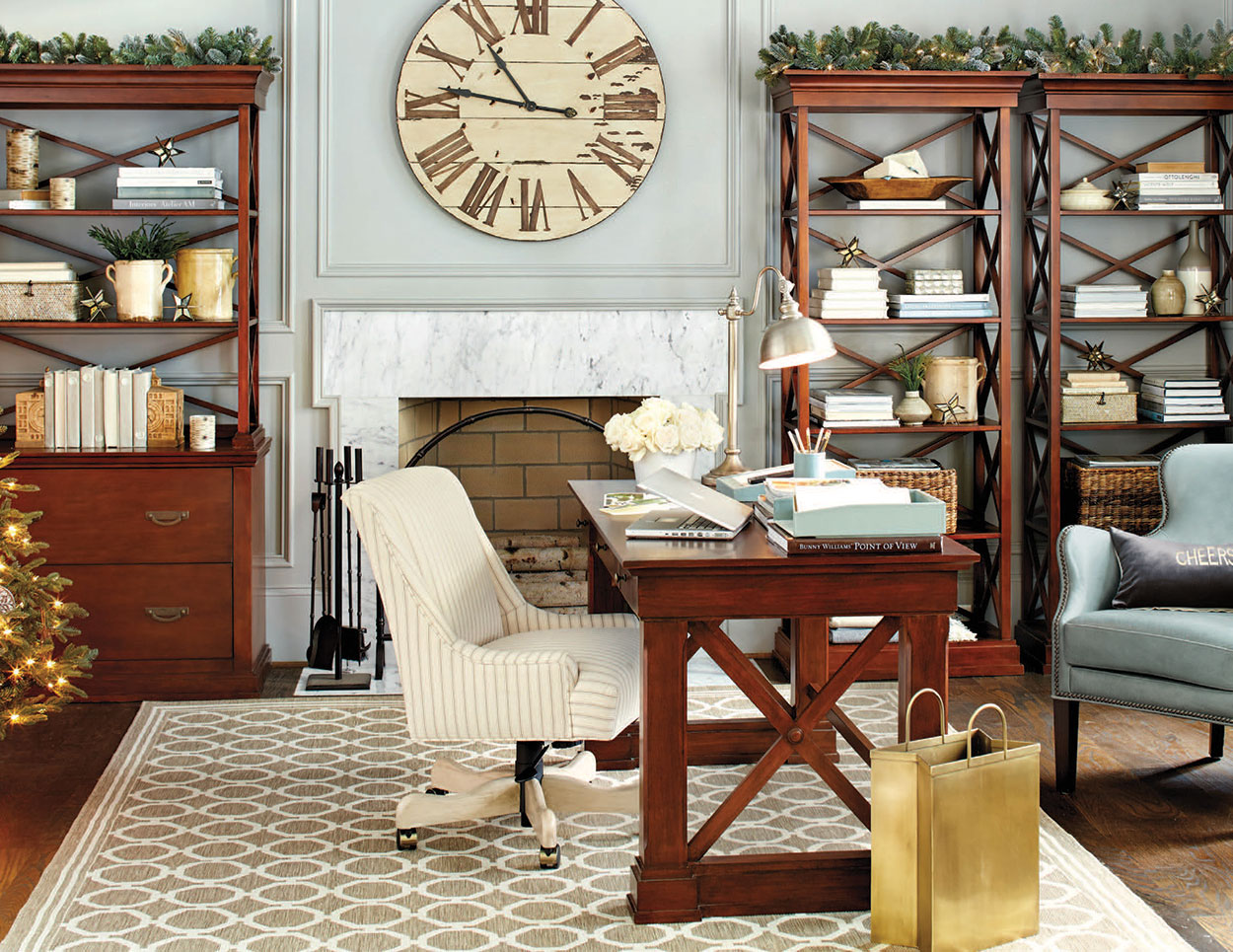 Stylish Home Office Christmas Decoration Ideas  (25)