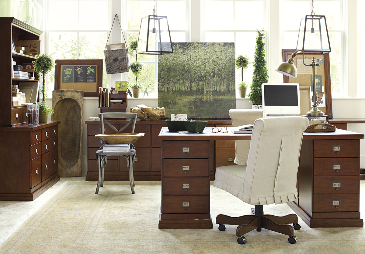 Stylish Home Office Christmas Decoration Ideas  (80)