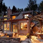 """Charming Roaring Fork """"Log Cabin"""" Residence with majestic views of Aspen Mountain"""