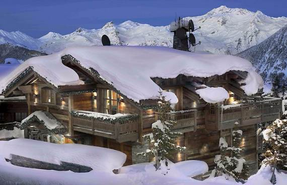 luxurious-chalet-izar-offering-extended-views-of-the-french-alps-france-9