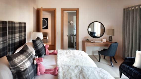 Discreet-luxury-in-Klosters-Haus-Alpina-Switzerland-48