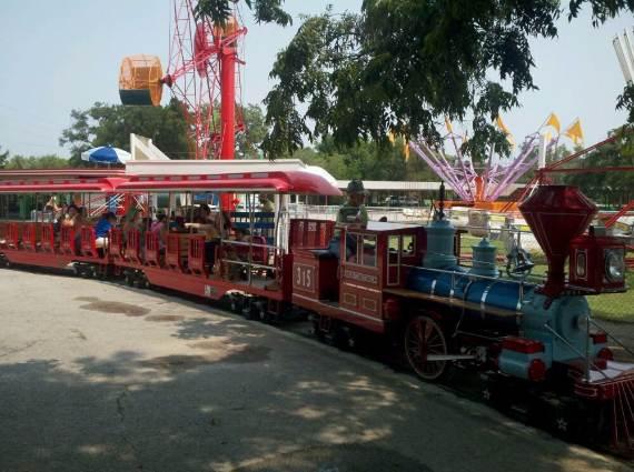 Family-fun-Sandy-Lake-Amusement-Park-10