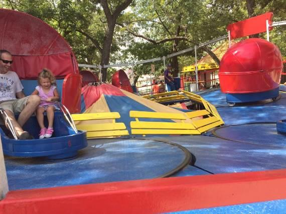 Family-fun-Sandy-Lake-Amusement-Park-5