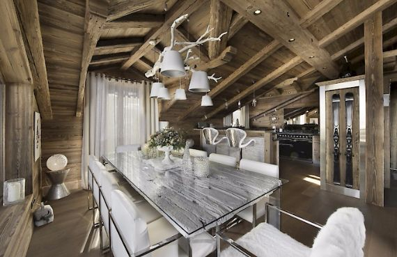 Holidays in French Alps Chalet Syrma A private ski chalet (13)