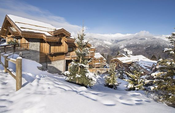 Holidays in French Alps Chalet Syrma A private ski chalet (2)