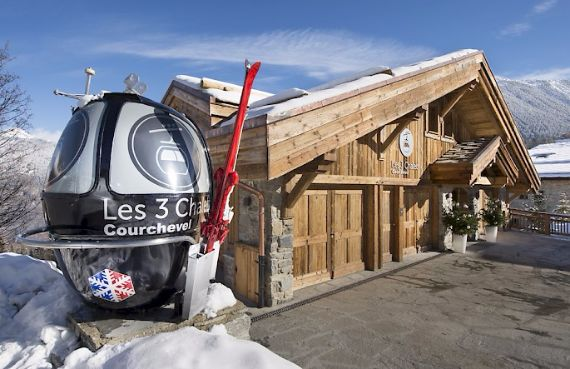 Holidays in French Alps Chalet Syrma A private ski chalet (3)