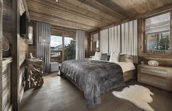 Holidays in French Alps Chalet Syrma A private ski chalet (5)