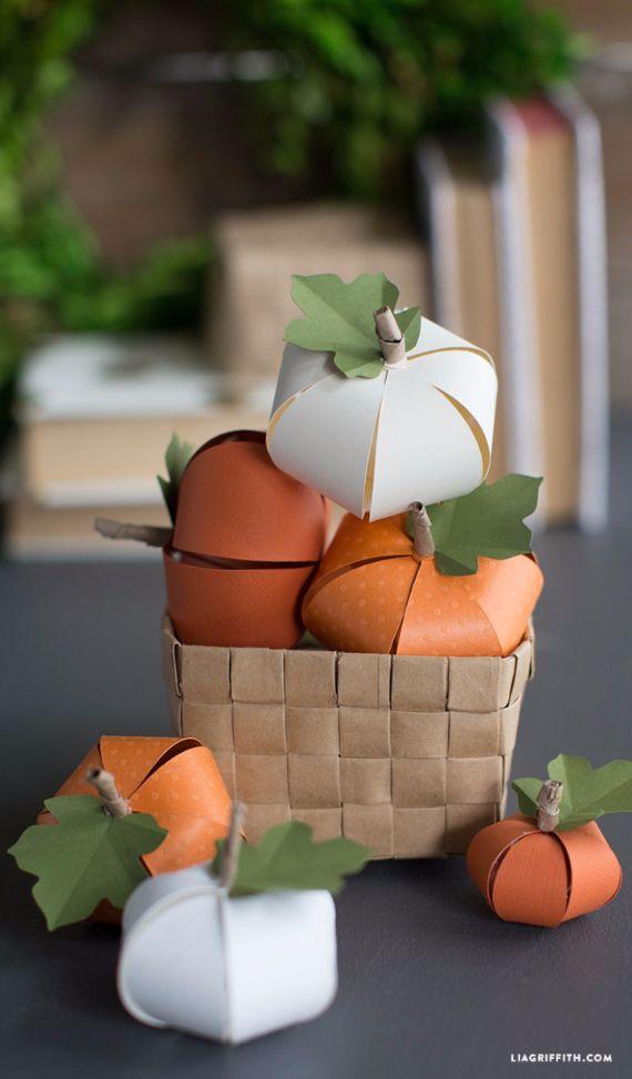30 Handmade Halloween Pumpkin Craft Decoration Ideas (1)