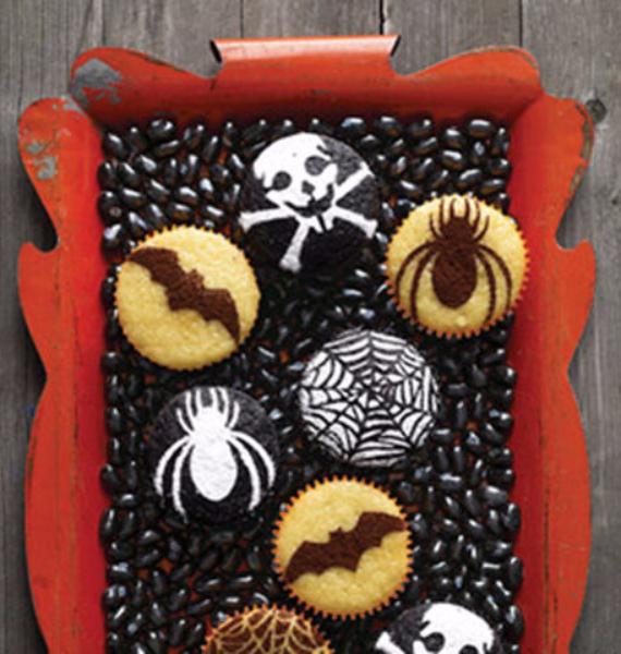 50 Creepy Halloween Treats with Delicious Edible Decoration Ideas (8)