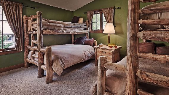 Bear Grande Chalet Colorado Winter Vacation (2)