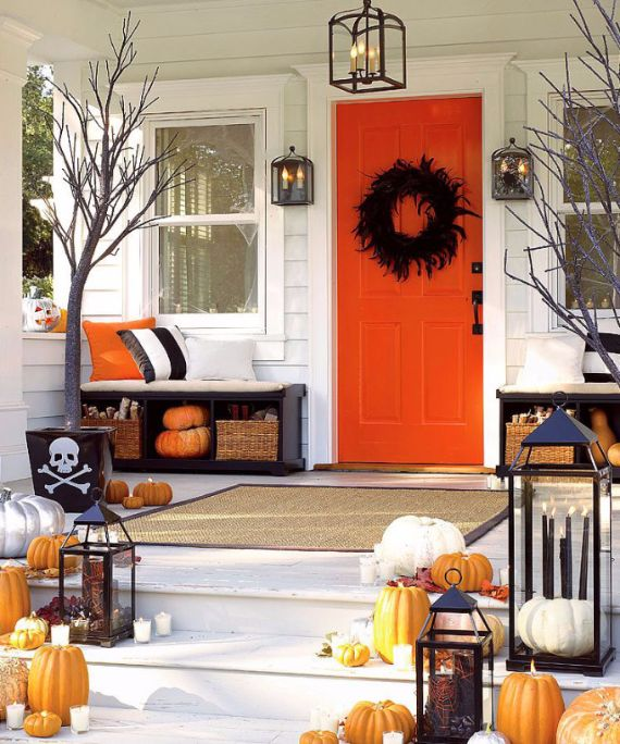 Elegant Gothic, Ghastly & Gory Halloween Decorations (11)