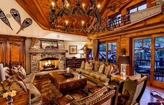 Holiday Retreat in West Wing Ritz-Carlton At Beaver Creek Mountain Ski in Colorado (1)