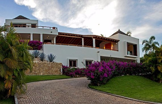 Luxurious Villa Marmol Punta Mita in Mexico (5)