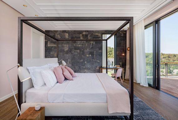 Magnificent Mediterranean Villa Incorporating Dedicated Outdoor Spaces in Turkey (4)