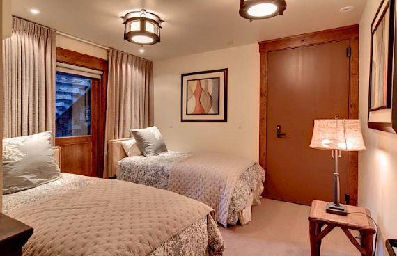 Woodside Home A Luxury Villa At Park City- Utah  (7)