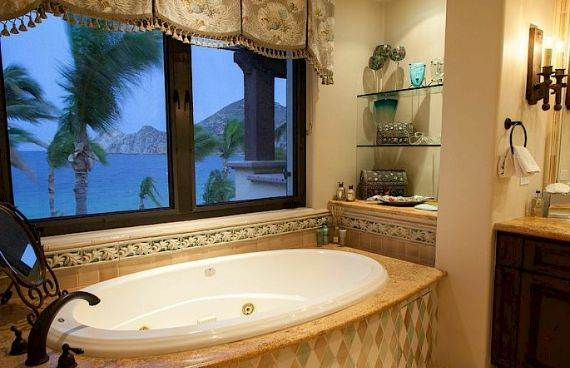 A Mexican flavor and Pacific atmosphere in Cabo San Lucas -Hacienda Beachfront Villa (12)