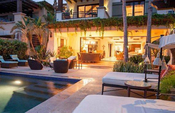 A Mexican flavor and Pacific atmosphere in Cabo San Lucas -Hacienda Beachfront Villa (23)