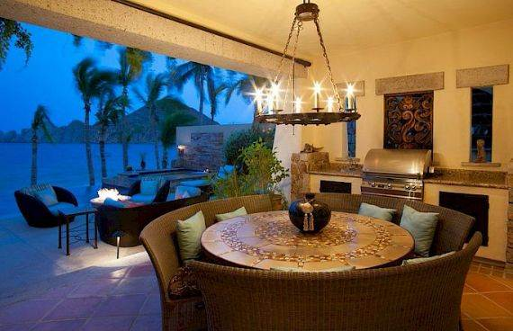A Mexican flavor and Pacific atmosphere in Cabo San Lucas -Hacienda Beachfront Villa (3)