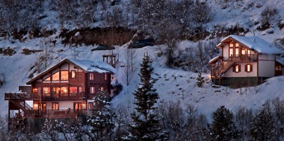 Amazing Mountain High Chalet Integrating Modern Life Perks in Colorado (11)