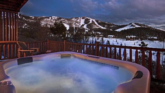 Amazing Mountain High Chalet Integrating Modern Life Perks in Colorado (6)