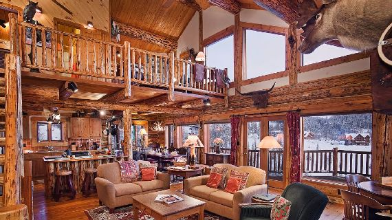 Amazing Mountain High Chalet Integrating Modern Life Perks in Colorado (9)