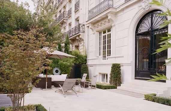 Eiffel Garden Triplex-The luxury of a terrace in Paris (7)