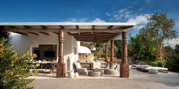 elegant-and-stylish-mediterranean-style-home-in-the-baleares-ibiza-8