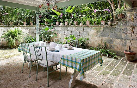 Highly Inviting Fustic House Private Estate in Barbados (11)