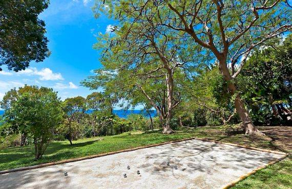 Highly Inviting Fustic House Private Estate in Barbados (27)