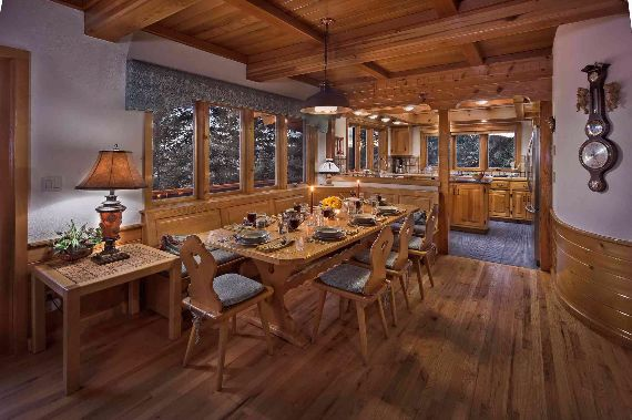 Traditional Mountain Chalet Integrating Modern Life Perks in Colorado; Senner Chalet (2)