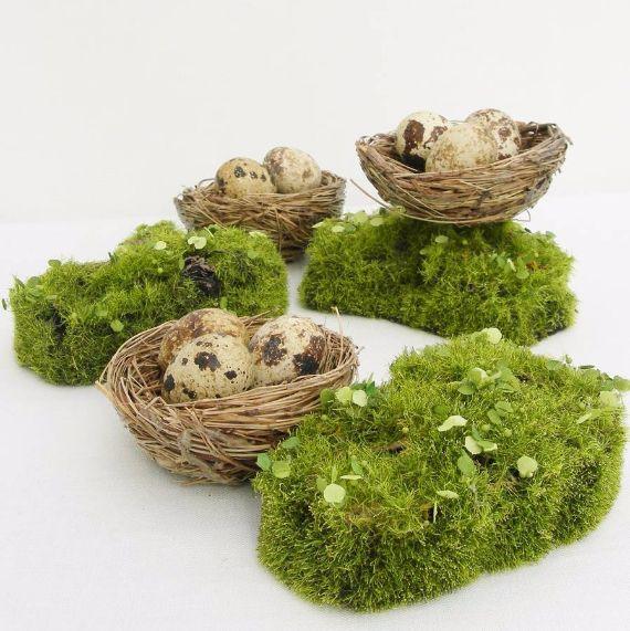 original_artificial-moss-mounds-for-a-wedding-table