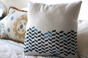 11 Easy decorative Handmade Appealing Printed Pillow Ideas (2)