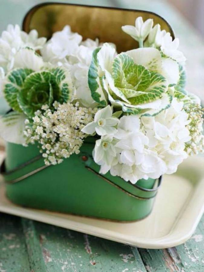 Bright and Easy Spring flower arrangement Ideas for Home D___cor  (3)