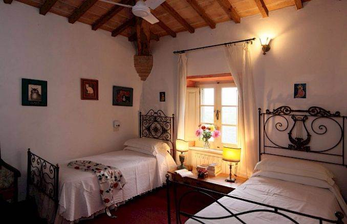 Canneto; Classic-Style Holiday villa In Siena Area (12)