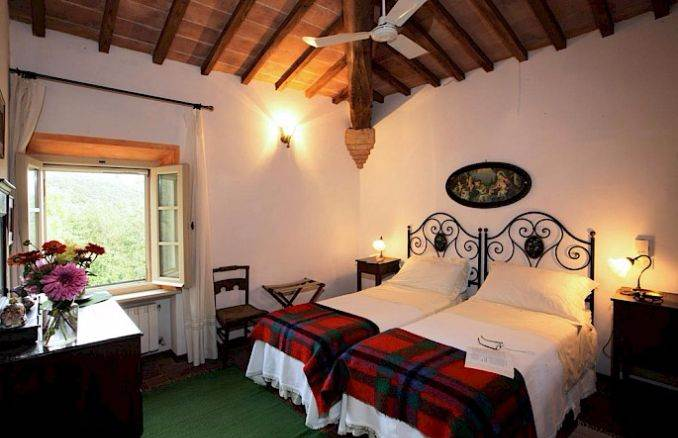 Canneto; Classic-Style Holiday villa In Siena Area (13)